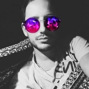 ashleyh's avatar